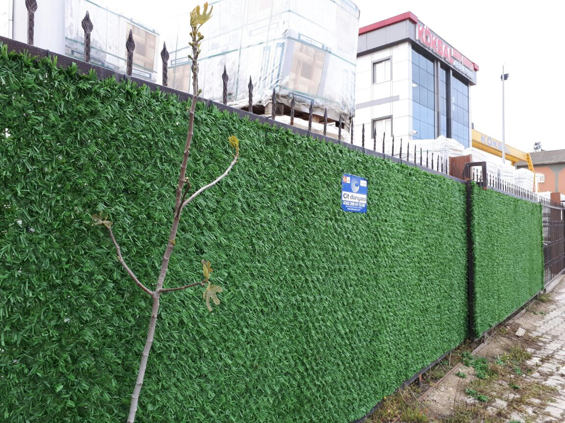 Grass  Fence Applications